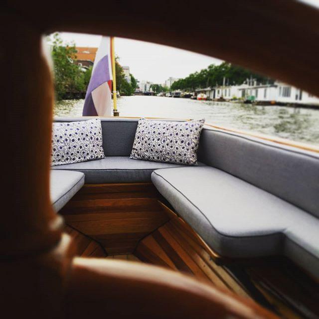 private boat tours amsterdam